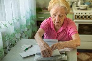 Najnovšia právna úprava prilepšuje len dôchodcom s nadpriemernými platmi. Ilustračné foto.