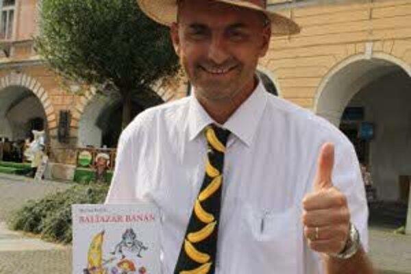 Martin Barčík s obľúbenou postavičkou Baltazára Banána.
