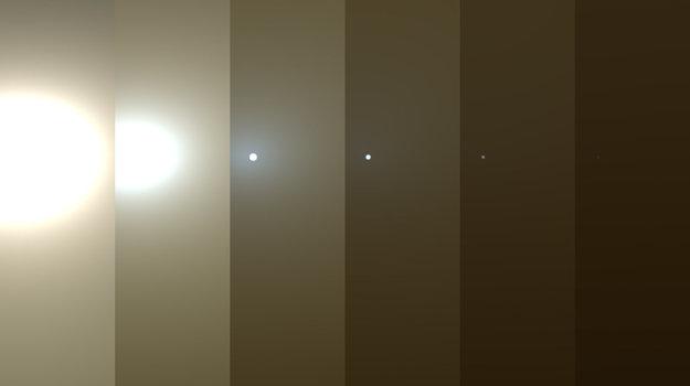 Sled záberov ukazuje simulované stemňovanie oblohy nad roverom Opportunity. Rover získava energiu zo solárnych panelov, inžinieri ho museli prepnúť do úsporného režimu.