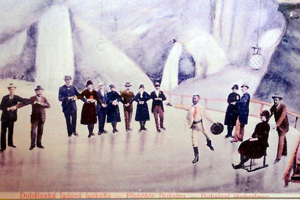 Letné korčuľovanie v Dobšinskej ľadovej jaskyni na historickej fotografii.