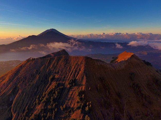 V centrálnej oblasti Bali ležia vysoké sopky