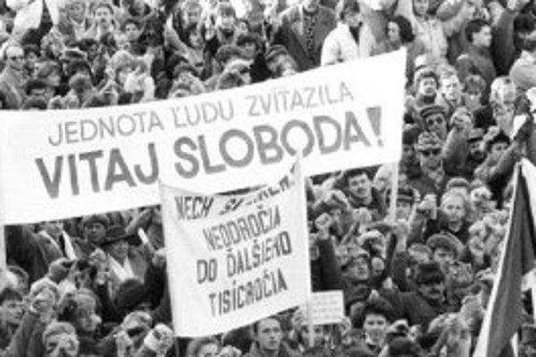 Od Nežnej revolúcie prešlo dvadsať rokov.