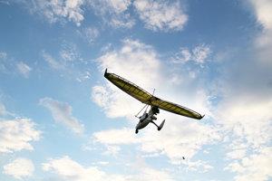 Účastníkmi obletu bolo aj päť ultraľahkých lietadiel.
