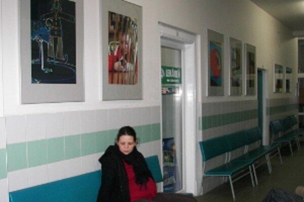 Umelecké fotografie autistov si môžete pozrieť po stenách celého zdravotníckeho zariadenia Krankas v Žiline.