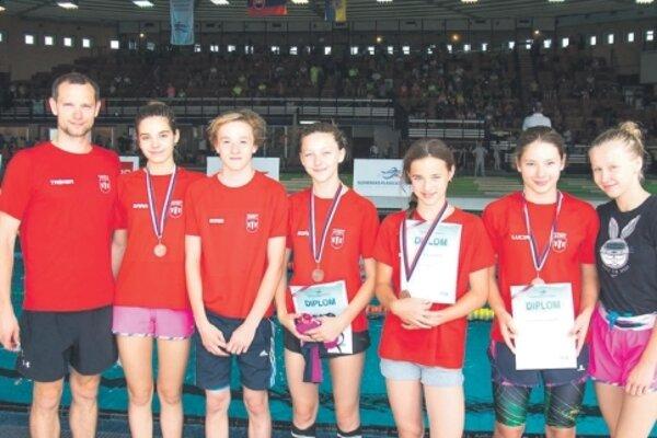 Mladí plavci Považskej Bystrice.