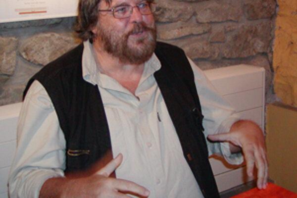 Počas autogramiády v žilinskom Atrfore Boris Filan prezradil, že pripravuje aj Tam tam 007. Písať bude o svojich cestovateľských zážitkoch v Rusku, marockom Marakéši a možno aj o Brazílii a Šanghaji.