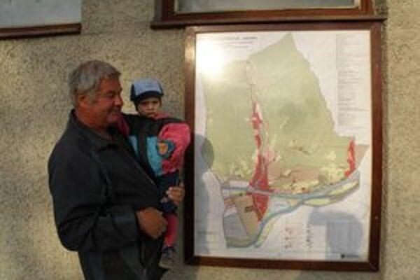 Návrh územného plánu visí v centre Kotešovej.