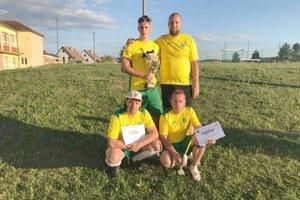 Víťazi turnaja Patrioti Dobrá Niva.