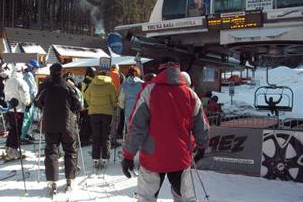 Na Veľkej Rači sa lyžuje pri veľmi dobrých snehových podmienkach.