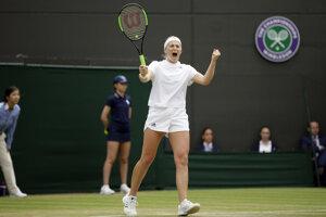Jelena Ostapenková sa raduje z postupu.