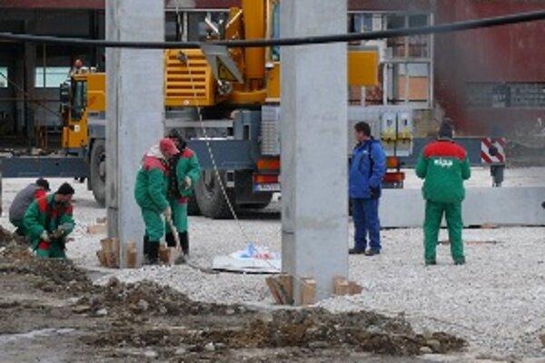 Stavebný úrad mesta Žilina žiada zastaviť práce na stavbe.