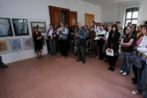 Vernisáž výstavy zo súťaže neprofesionálnej výtvarnej tvorby žilinského regiónu Tvorba 2009.