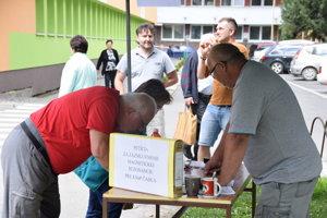Pod petíciu sa podpísalo množstvo Kysučanov.