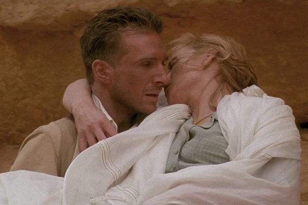 Snímka z filmu Anglický pacient, herec Ralph Fiennes