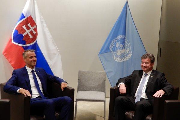 Podpredseda vlády SR pre investície a informatizáciu Richard Raši (vľavo) počas  stretnutia s predsedom 72. Valného zhromaždenia OSN a ministrom zahraničných vecí a európskych záležitostí SR Miroslavom Lajčákom v New Yorku.