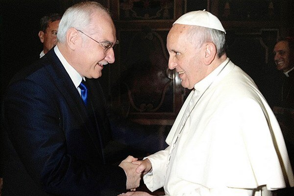 Miroslav Mikolášik a Pápež František. Nebolo to ich prvé vzájomné stretnutie.