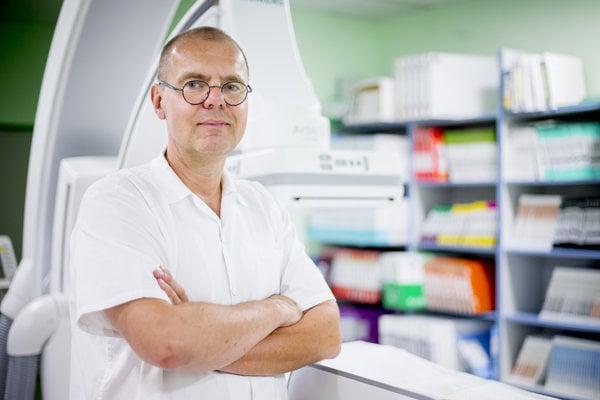 Petr Vařejka je vedúci lekár oddelenia diagnostickej a intervenčnej angiológie na Národnom ústave srdcovo-cievnych chorôb v Bratislave.