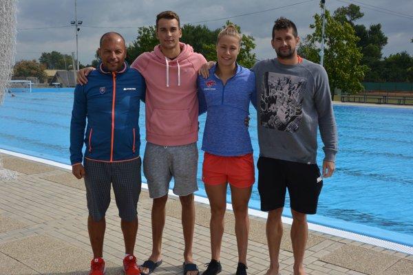 Zľava: Vladimír Železník (tréner), Jozef Beňo, Andrea Podmaníková a Tomáš Klobučník.