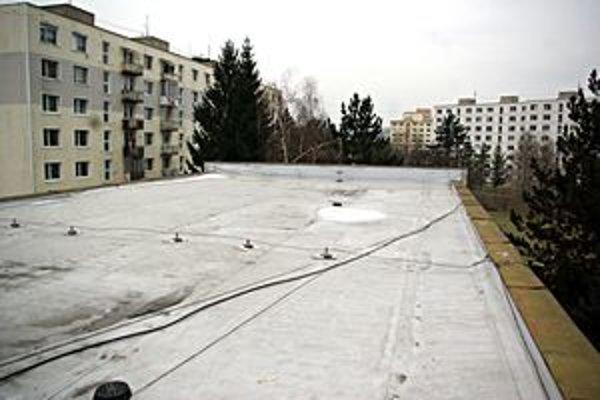 Strecha nevyhnutne potrebovala rekonštrukciu.