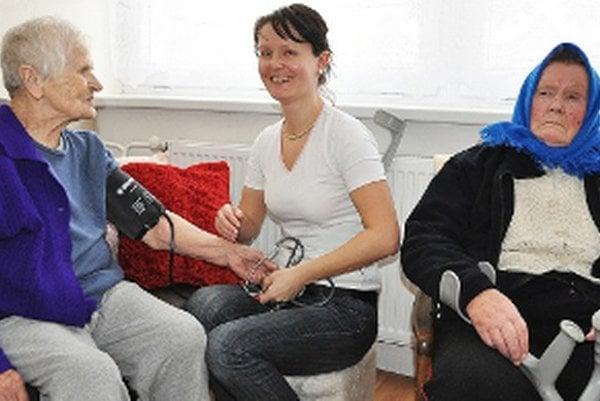 Odbornú starostlivosť poskytuje zdravotná sestra Emília Palugová.