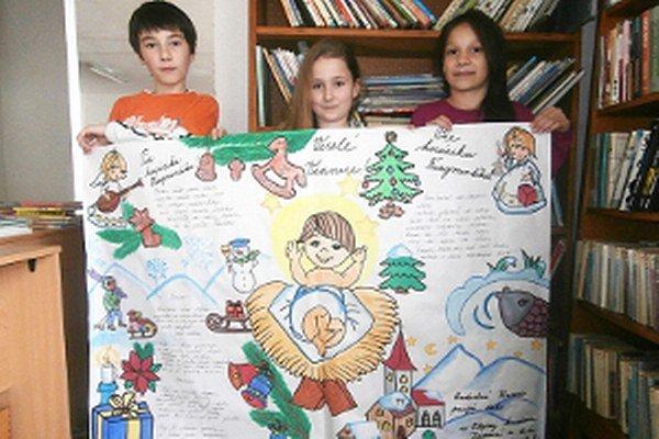Malí autori k riekankám pridali aj kresby.