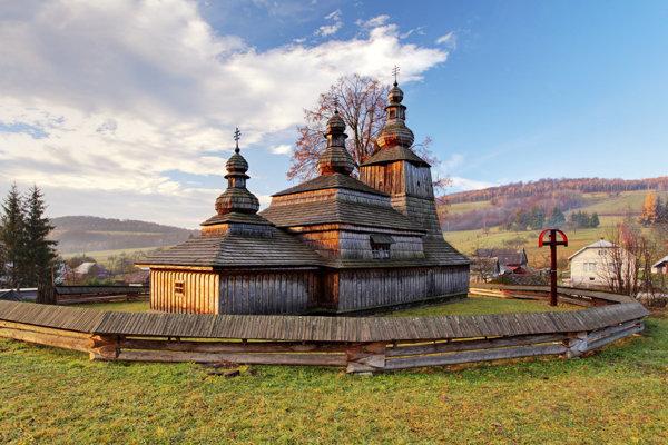 Drevený kostolík Miroľa