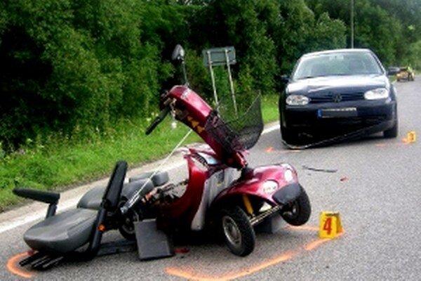 Nehoda sa stala na hlavnom ťahu smerom z Vyšného Kubína do okresného mesta.