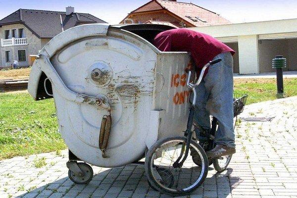 Obce sú povinné zabezpečiť zber odpadu.