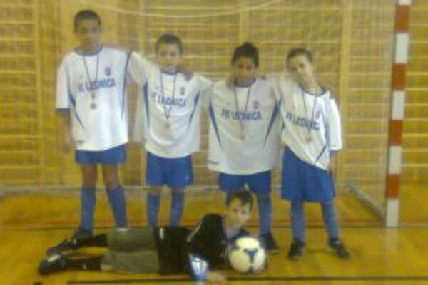 Chlapci z FK Lednica vyhrali turnaj bez inkasovaného gólu.