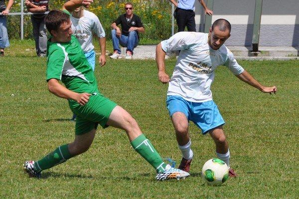 Diváci v oravských súťažiach videli takmer 900 gólov.