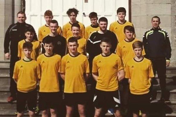 Írsko U 18. Vľavo hre M. Hradil, vpravo hore A. Markovič.
