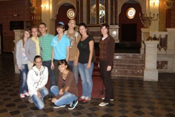 Do Poľska cestovalo osem dolnokubínskych študentov.