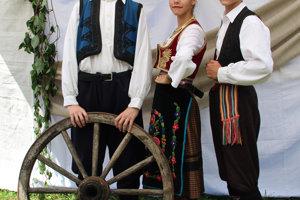 Ana, Nikola, Munah zo Srbska