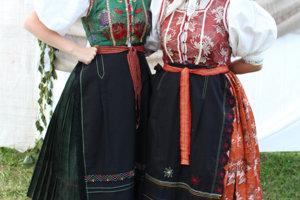 Betka a Danka, Folklórna skupina Jadlovec, Margecany