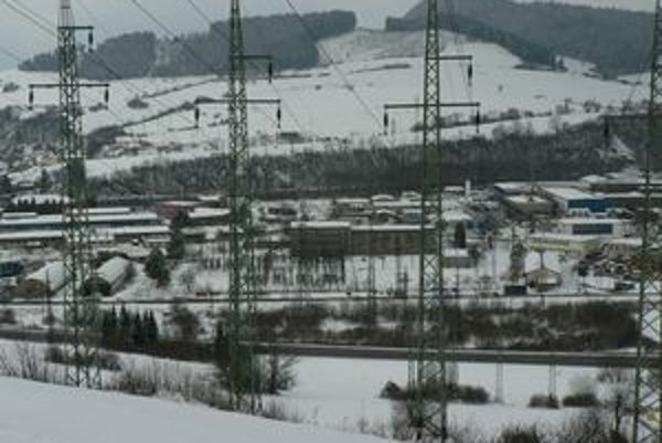 Na Mokradi chcú rozšíriť výrobu tri firmy. Mesto s nimi rokuje.