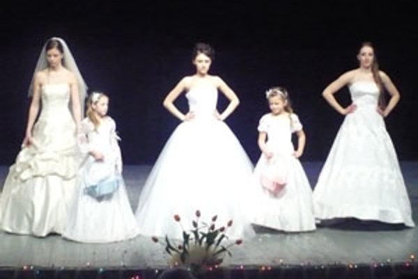V Námestove bolo čo obdivovať, aj modelky, aj modely.