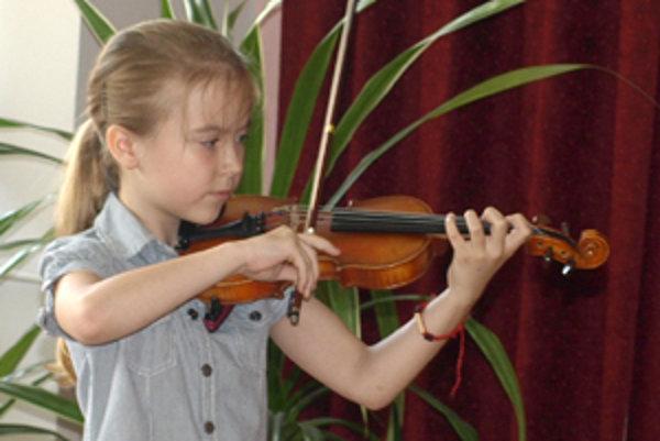 Mladé husľové talenty.