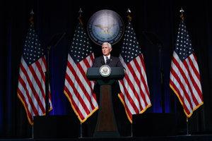 Plán na vytvorenie vesmírnych síl predstavil viceprezident Mike Pence.