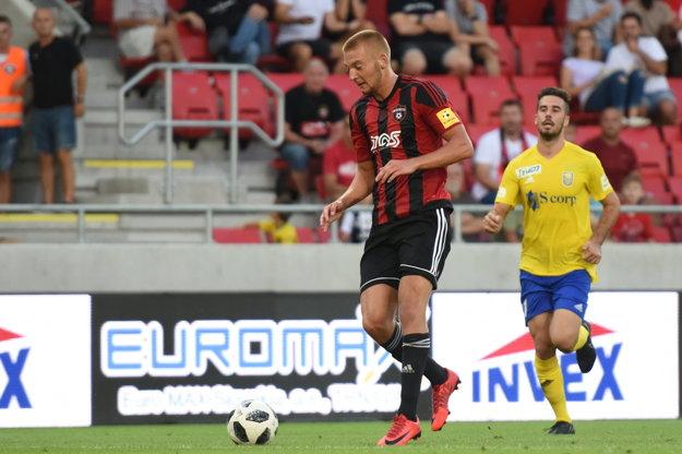 Tomáš Vantruba bol aj blízko k svojmu premiérovému gólu, nájazd na brankára Kiru však nepremenil.