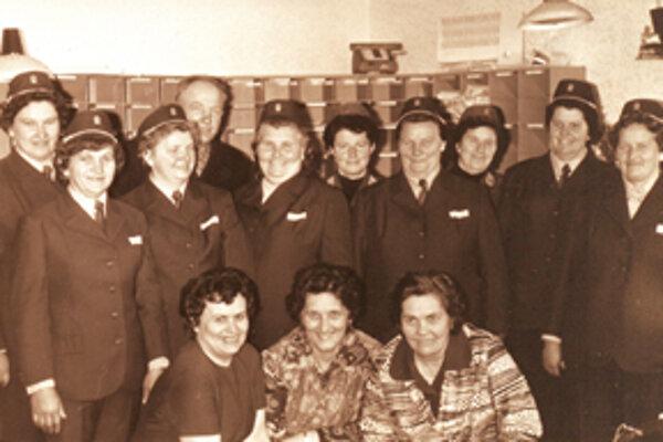 Magdaléna Bohunčáková (druhá zľava) s kolegami.