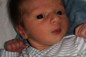 Robert Bielik (3520 g, 51 cm) sa narodil 6. júla Michaele a Róbertovi z Nového Mesta nad Váhom. Je to ich prvé dieťa.