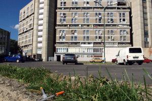 Bratislavský Pentagon je vyhláseným miestom dílerov a narkomanov.