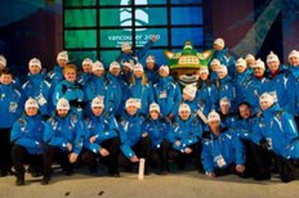 Slovenský paralympijský tím na olympiáde vo Vancouvri, ktorého súčasťou bol ja Dolnokubínčan Juraj Štefák.