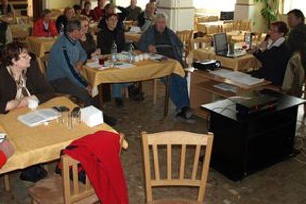 Na nedávnom seminári sa družstevníci zaoberali aktuálnymi témami v poľnohospodárstve.