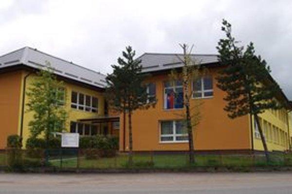 Novotská škôlka. Chodí tam 74 detí.