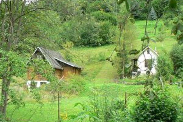 Pozemkový fond v súčasnosti vysporiadava pozemky v záhradkárskych osadách.