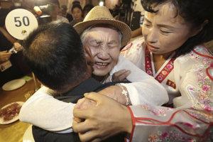 Otec žijúci v Južnej Kórei mohol po rokoch objať svojho syna, ktorý žije v KĽDR.