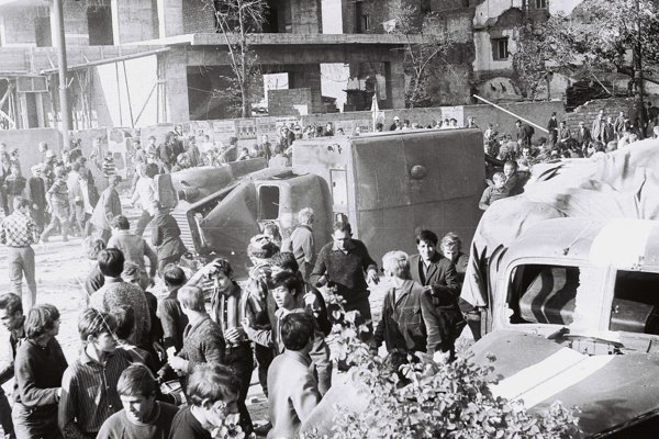 Strety s armádami Varšavskej zmluvy v uliciach Košíc sa pre mnohých skončili v nemocnici.