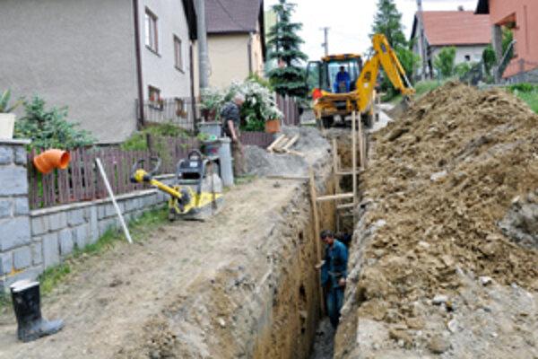 Rozkopaná Lokca počas prvej etapy.