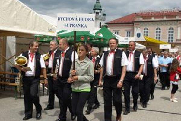Najväčší trstenský festival Trstenská krídlovka bol financovaný najmä vďaka viacerým dotáciám a sponzorom.